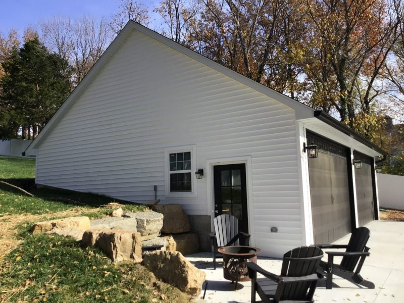 #T0109 – Garage in Kirkwood