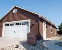 #I0109 - Garage in Loda