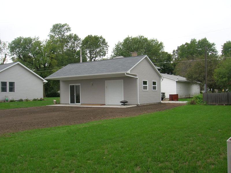 D0464 Garage In Arthur Coach House Inc