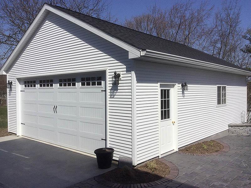 Q0042 Garage In Eureka Coach House Inc