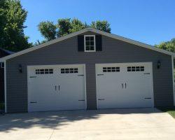 #N0228 - Garage in Edwardsville
