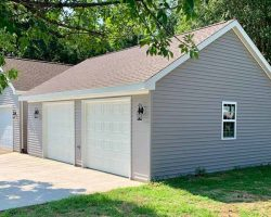 #S0009 - Garage in Mattoon