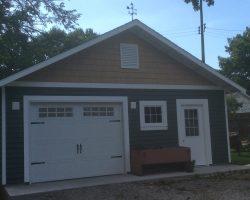 #S0085 - Garage in Edwardsville