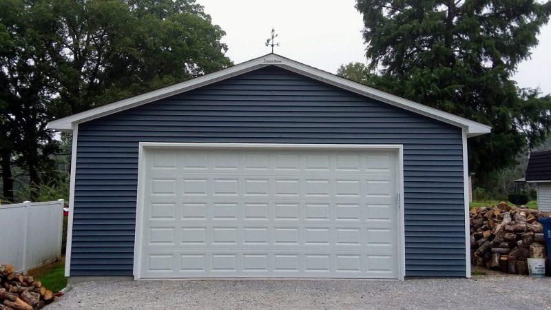 #T0177 – Garage in Flora