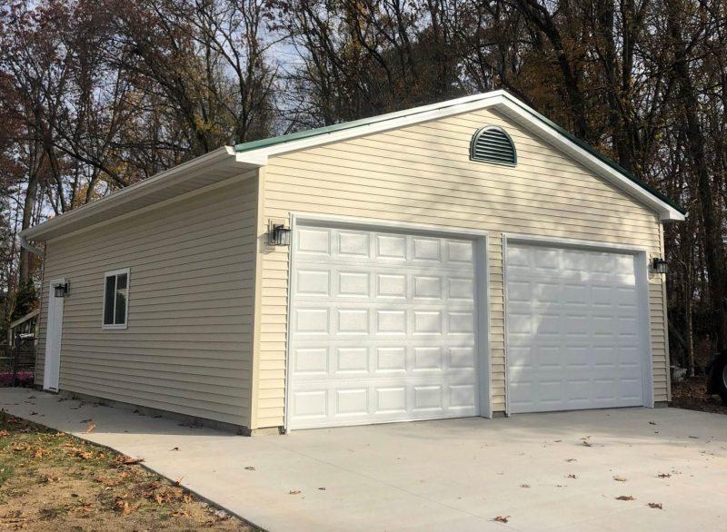#T0284 – Garage in Edwardsburg, MI
