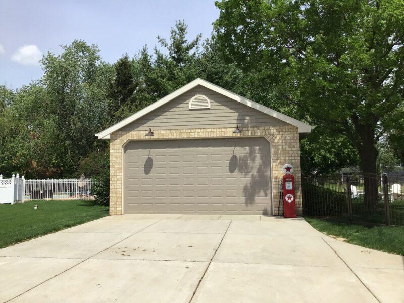 #N0312 – Garage in Plainfield