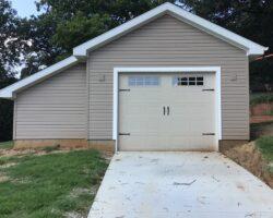 #T0424 - Garage in St. Louis